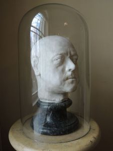 Peter_I's_death_mask_by_C.Rastrelli_(1903_cast,_GRM)_by_shakko_03